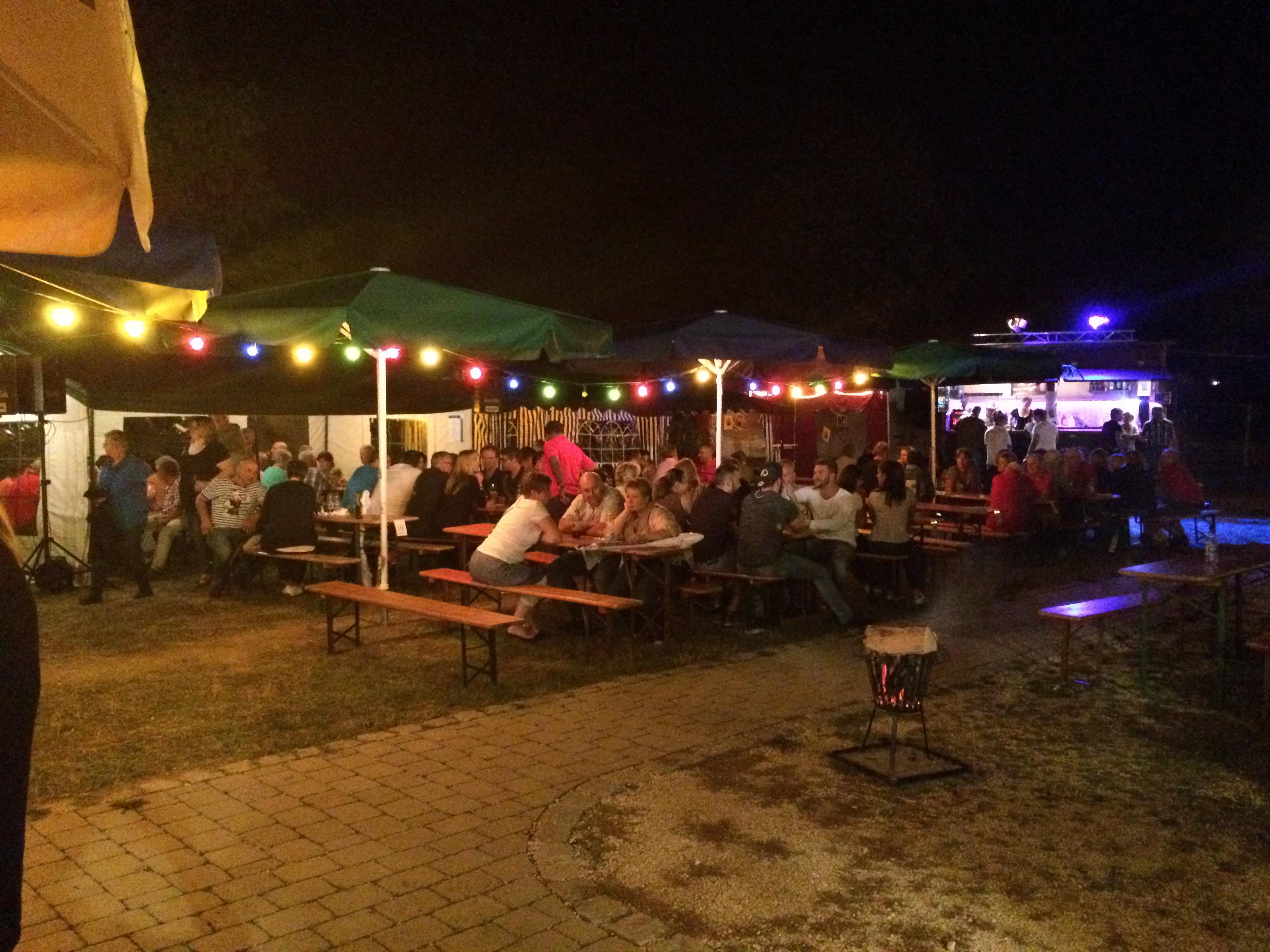 samstagabend-bei-sommerlichen-temperaturen